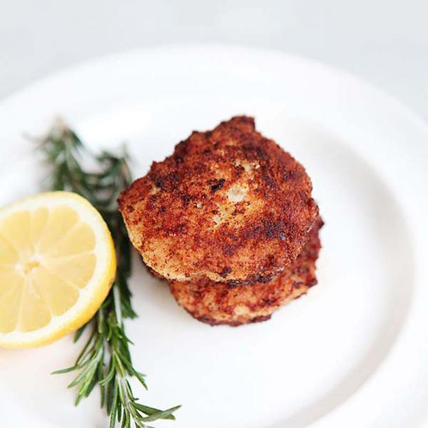 Chicken nuggets with rosemary and lemon